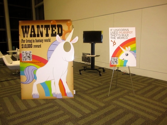 creative photo opportunity created by hubspot at salesforce's dreamforce trade show