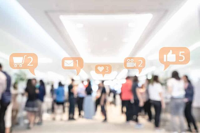 social media notifications and event marketing at trade show
